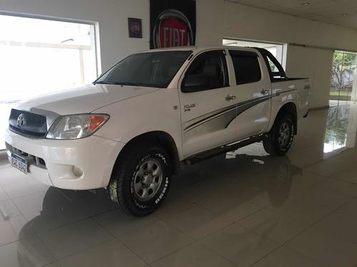 Toyota Hilux 2.5 Td Doble Cabina