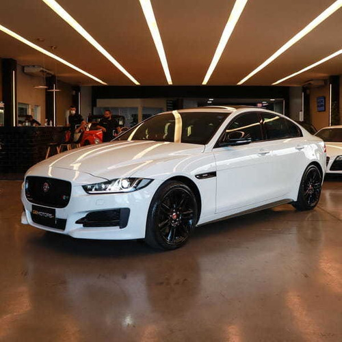 Jaguar Xe R-sport 2.0 Turbocharged Si4