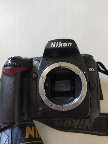 Câmera Nikon D90 Só O Corpo Sem Bateria