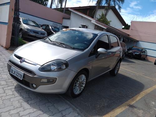 Fiat Punto Essence 1.6 Automático  2013