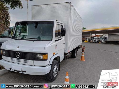 Mercedes-benz 710 Plus 2p