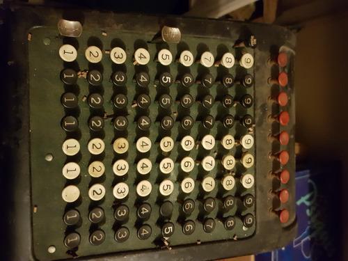 Antigua Máquina De Calcular O Sumar Marca Burroughs