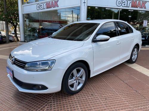 Volkswagen Vento Luxury Automático