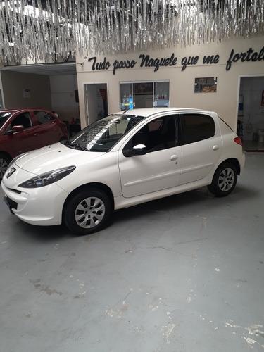 Peugeot 207 2015 1.4 Active Completo 56 Milkm Conservado