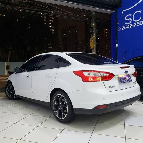 Focus Sedan Titanium 2.0 Powershift 2015 70.000km Multimidia
