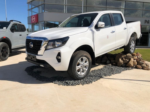 Nissan Frontier Np300 Xe At 4x4 2.5 2022 0km