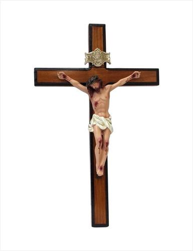 Crucifixo De Parede Em Madeira E Resina Importada 25 X 16 Cm