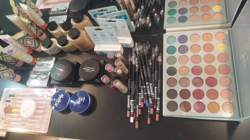Combo De Maquillaje Variados