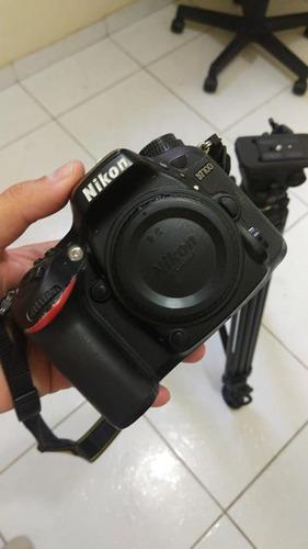 Nikon D7100 + 3 Baterias + 2 Gripes + Lente 18-200 + Sd