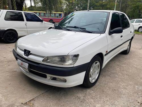 Peugeot 306 1998 1.9 Xt