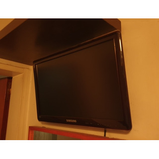 Tv Led Samsung 19 Pulgadas Con Soporte De Pared.