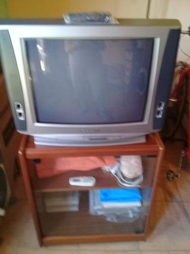 Tv Hitachi 21  Con Mesa Rodante