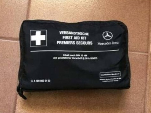 Kit Primeiro Socorros Mercedes Benz . Novo