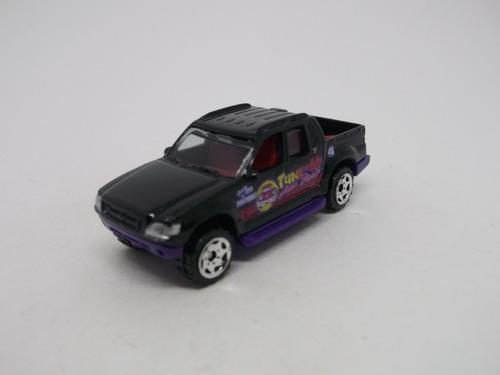 ( L - 140 ) Matchbox Pick-up Ford Explorer Sport Track