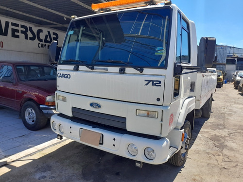 Ford Cargo  712    Ano 2008
