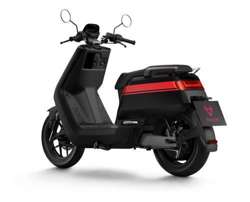 Moto Eléctrica Niu Nqigts Sport - Negro Con Líneas Rojas