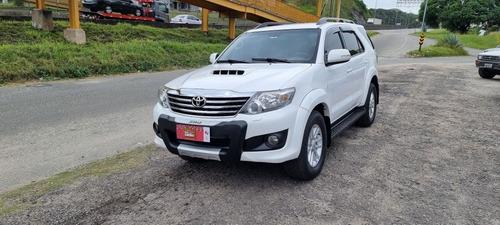 Toyota Hilux  Sw4 Srv Top 7 Lugares Diesel  4x4 Aut Baixo Km