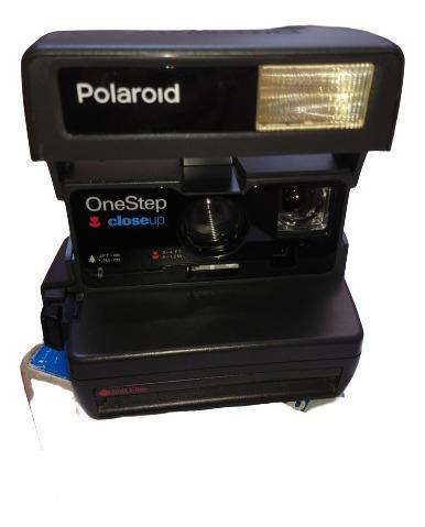 Antiga Câmera Polaroid One Step Com Caixa Alça Lê Anúncio