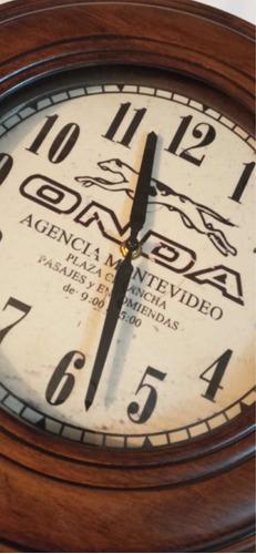 Reloj Estilo Antiguo Onda Madera Y Vidrio Mide 35 Cm A Pila