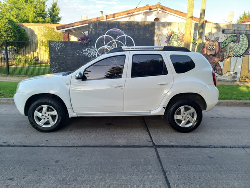 Renault Duster 2.0  6ta  4x2 Luxe  2013 Permuto