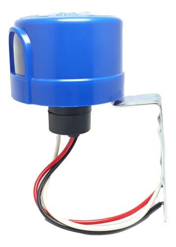 Fotocelda Control De Luminaria 220v 10a Con Base Incluida