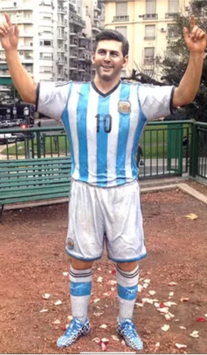 Estatua Messi, Maradona En Tamaño Real Y Otros !