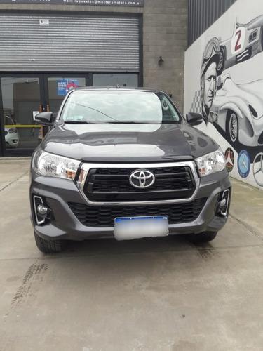 Toyota Hilux 2.4 Dc 4x2 Tdi Sr L/16 2018