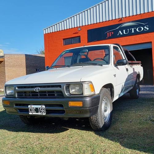 Toyota Hilux Std 4x2 2.8 1999