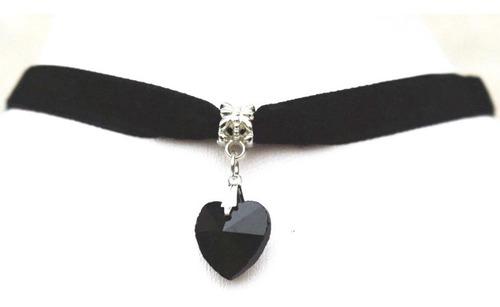 1 Gargantilha De Veludo Chocker Com Coração