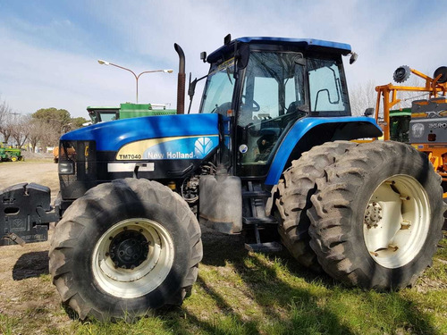 Tractor New Holland Tm 7040, Usado