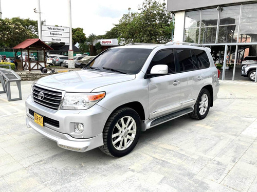 Toyota Land Cruiser 200 2015 4.5 Vxr