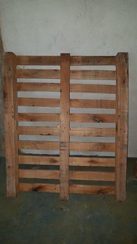 Pallet De Madeira 1,20 X 1,00 Cru Sem Acabamento Usado