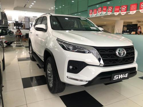 Toyota Hilux Sw4 Srv 4x2 2.7 Flex 16v Aut.