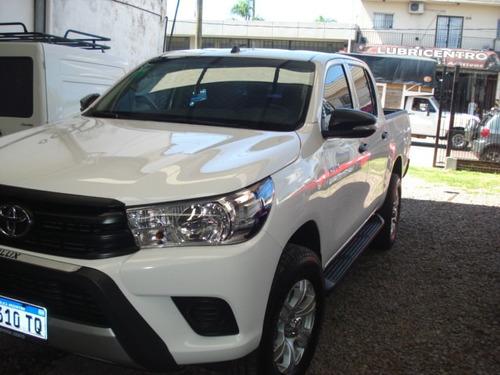 Vendo Impecable Toyota Hilux