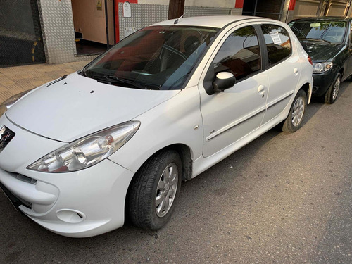 Peugeot 207 Compact 1,4  Hdi Full   2012