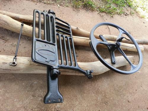 Kit Completo Para Maquina De Costura Antigo Ferro