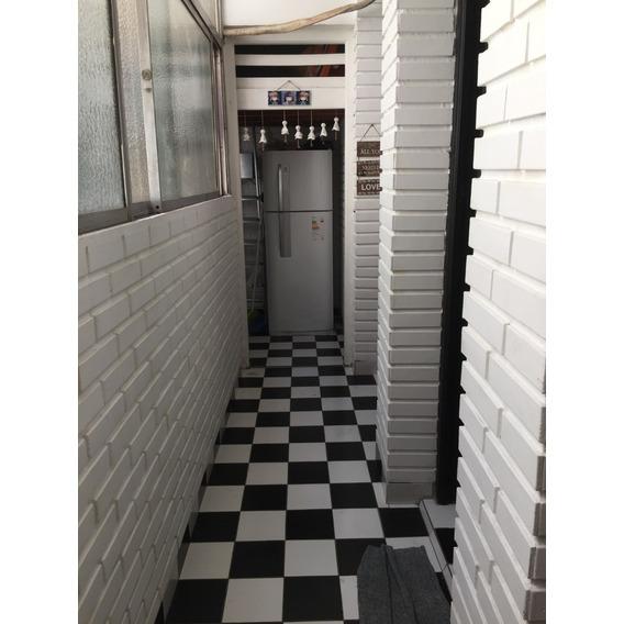 Por Viaje Vendo Departamento Excelente Ubicación Perón 1500