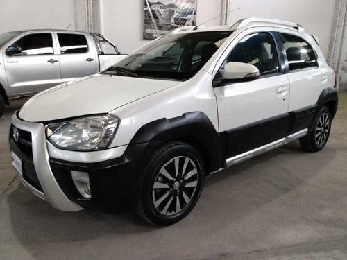 Toyota Etios Cross 1,5 Xls.año 2015.unica Mano