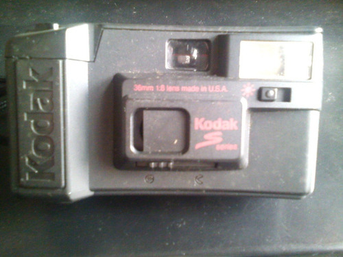 Câmera Fotográfica Analógica Kodak S10 Antiguidade