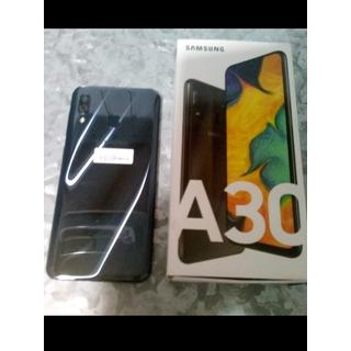 Samsung A30 32gb C/ Protector Pantalla+funda Caja. Impecable