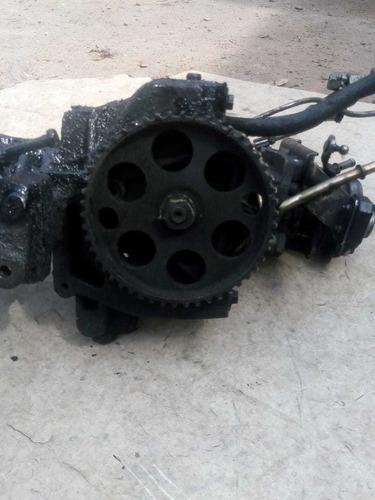 Bomba Inyectora De Palio Siena Con Soporte