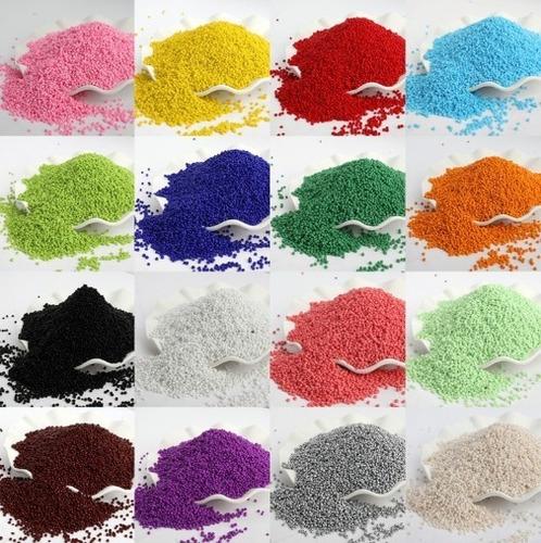 Kit De Mostacillas Checa 10/0 Colores Surtidos Con Hilo