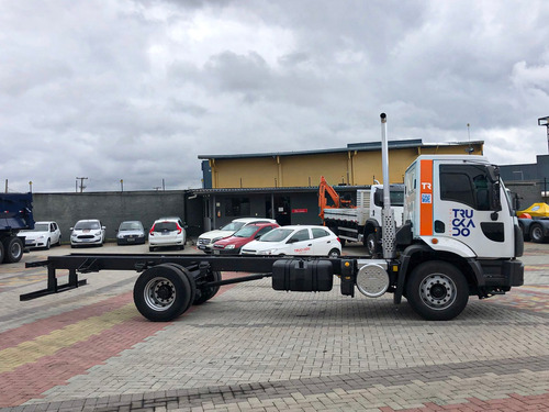 Ford Cargo 1723 Toco 4x2 2015 No Chassi=17220,270,210,1621