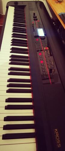 Piano Sintetizador Korg Kross 88 - Con Funda