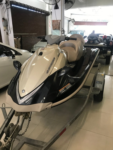 Moto De Agua Yamaha Vx Cruiser 1100 + Trailer