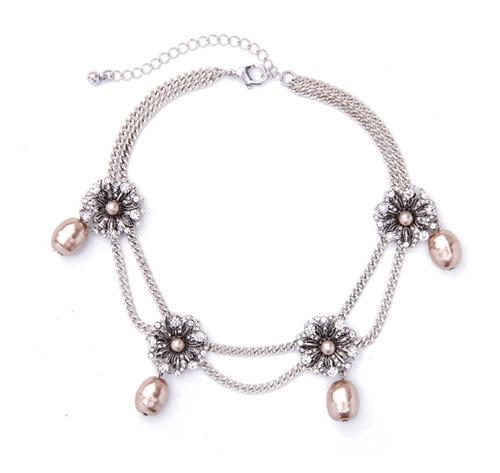 Collar Gargantilla Con Flores Y Perlas  - Bijoux Fiesta