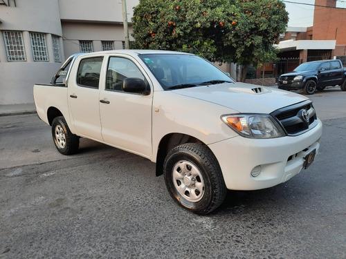 Toyota Hilux Sr 4x4 , Entrega Y Cuotas , Recibo Menor !!!