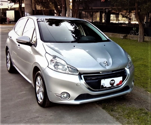 Peugeot 208 Allure 1.5 N Touchscreen