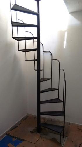 Escada Caracol De Ferro Direto Da Fábrica