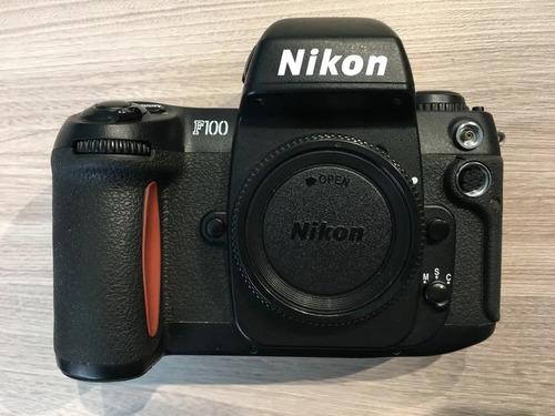 Câmera Nikon F100 Analógica 35mm Usada Sem Lente